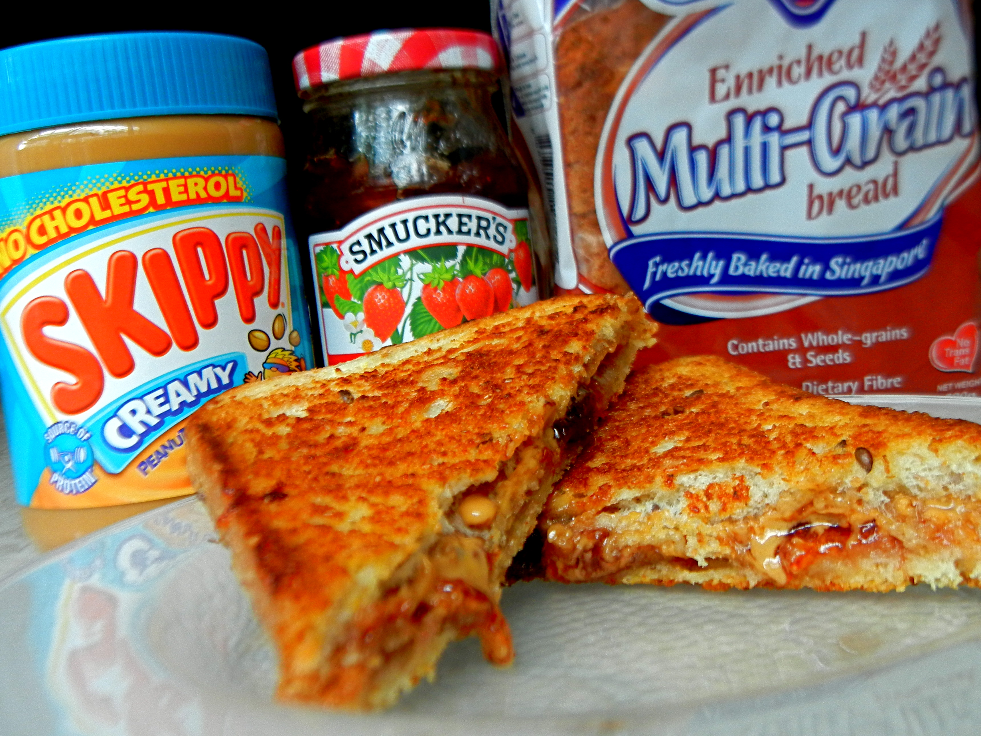 Grilled Peanut Butter and Jelly Sandwiches – The EGG